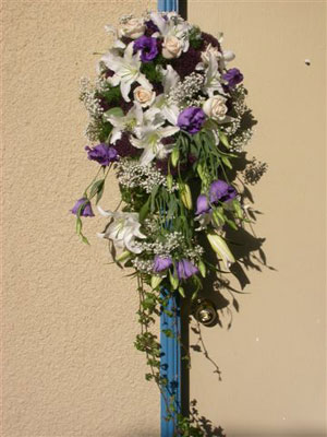 Hanging arrangement, perfect for an entrance at any event.