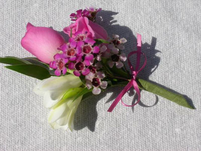 Bridal Flower Bouquets on Kenmar Flower Farm Bouquets Weddings Funerals